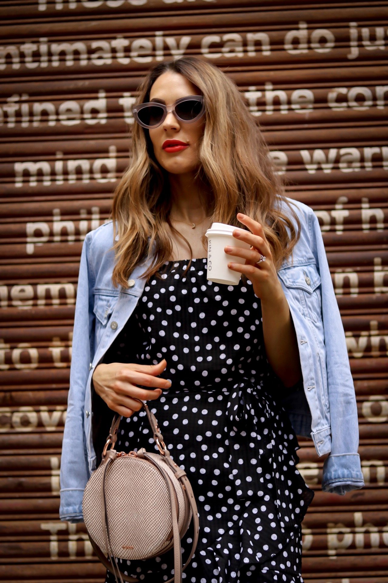accessories, seashell, sunglasses, trend, fashion trends, how to accessorise, summer 2018 accessory trends, summer 2018 accessories, must have accessories, resin trend, resin earrings, resin, seashell earrings, seashell, cat eye sunglasses, cat eye, beaded clutch, clutch, must have clutch