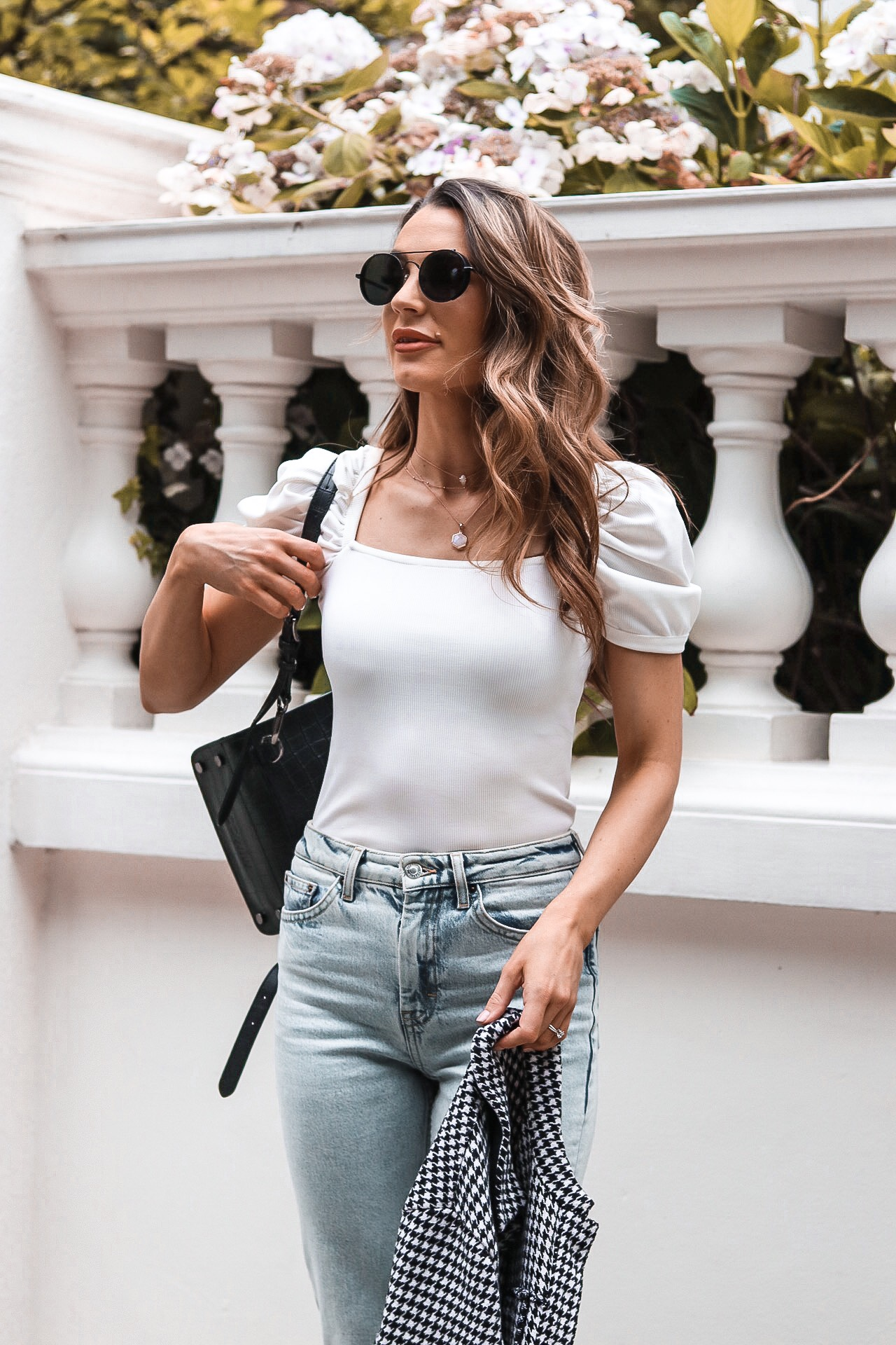 denim outfit, denim, denim jeans, top shop jeans, jeans Inspo, jeans outfit, puffy sleeves, hair Inso, London, notting hill, visit england, visit london, how to wear the straight leg jean