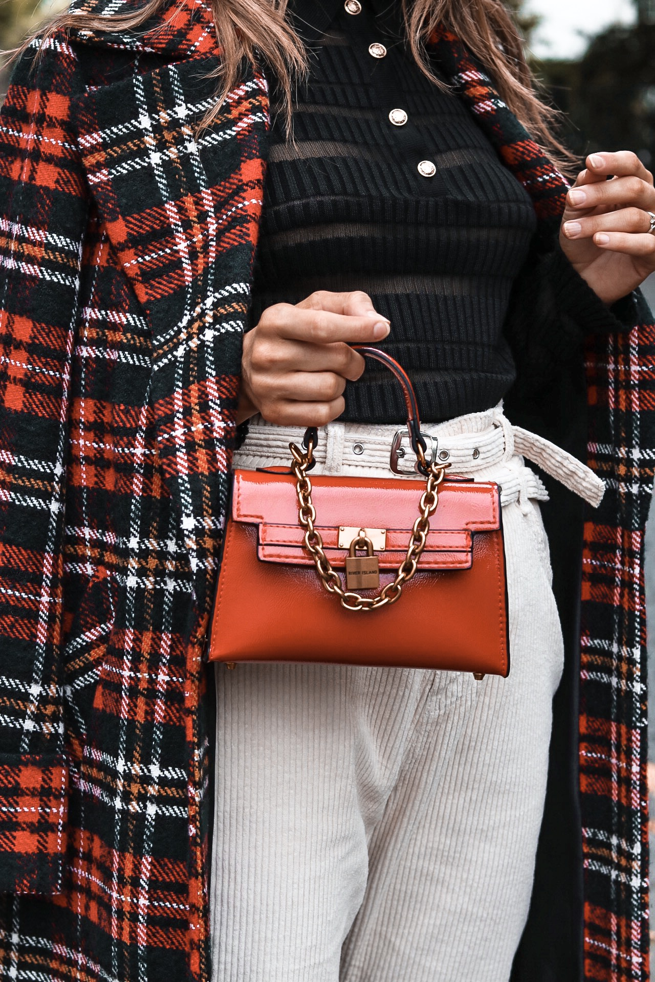 fashion, style, ootd, London fashion, London, tartan coat, tartan, cord, corduroy, sheer top, notting hill, autumn fashion, winter fashion